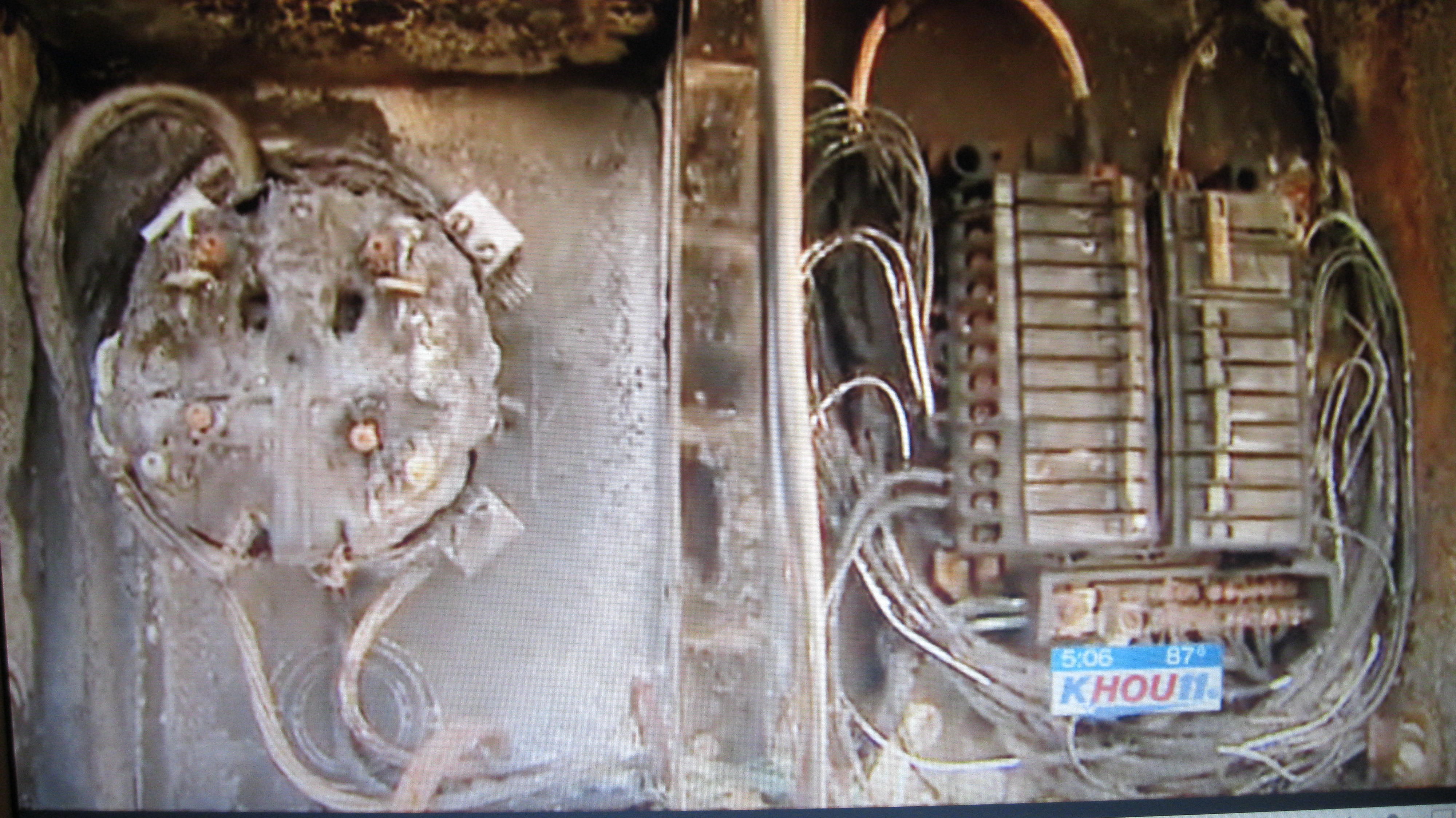 Smart Meter Fires And Explosions Emf Safety Network Wiring Garage Lights Moreover Tiny House With Screen Porch On 8 23 2012 Houston Fire A Southwest Woman Is Blaming For That Left Her Home In Shambles July